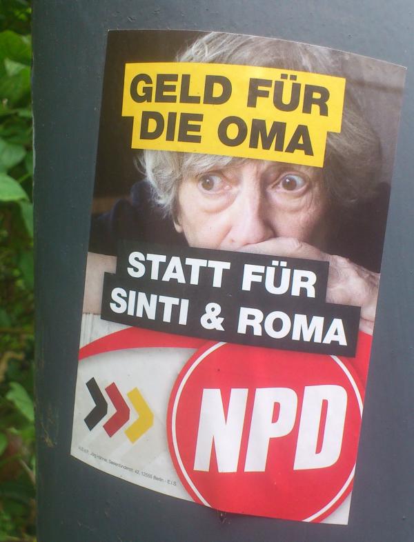 NPD-Aufkleber_Oma